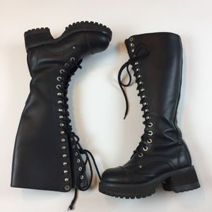 Munro Tall Lace Heeled Boots 90's Platform Vintage